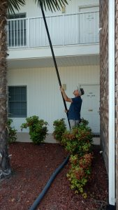 Commercial building gutter cleaning